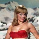 Linda Foster - 296 x 245