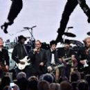 30th Annual Rock And Roll Hall Of Fame Induction Ceremony - Show - 454 x 302