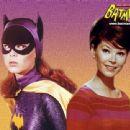 Batman - Yvonne Craig - 454 x 340