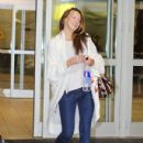 Katie Cassidy: at YVR Airport in Vancouver