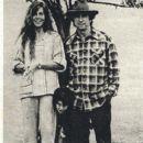 Jane Fonda - Film Magazine Pictorial [Poland] (15 April 1979) - 393 x 535