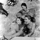 Macha Méril, Elizabeth Montgomery, Carol Burnett - 454 x 557