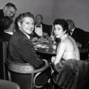 Liberace And Joanne Rio In 1954 - 454 x 355