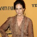 Annabeth Gish – 'Yellowstone' TV Show Premiere in Los Angeles - 454 x 686