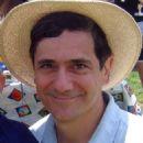 Carlos Lacamara - 454 x 549