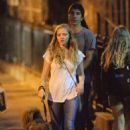 Amanda Seyfried and boyfriend Justin Long out and about in New York City (September 3) - 454 x 681