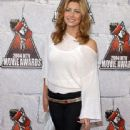 Jessica Biel attends The 2004 MTV Movie Awards
