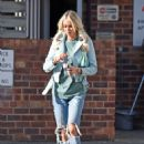 Olivia Attwood – Leaving Beauty Cutie Hair Salon in Cheshire
