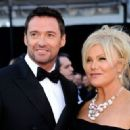 Hugh Jackman and Deborra-Lee Furness - The 83rd Annual Academy Awards - Arrivals (2011) - 454 x 328