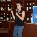 Alyssa Milano – Women for Andrew Gillum Campaign Event in Hollywood