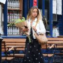 Amelia Windsor – Pictured with bouquet of flowers while out in London - 454 x 612