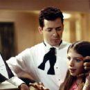 Matthew Broderick and his niece Michelle Trachtenberg in Disney's Inspector Gadget - 1999 - 350 x 232