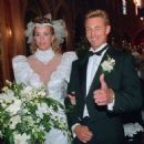 Wayne Gretzky and Janet Jones Wedding Photo
