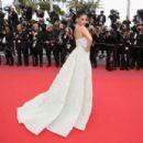 Aishwarya Rai Bachchan : 'Sink Or Swim (Le Grand Bain)' Red Carpet  - The 71st Annual Cannes Film Festival - 454 x 303