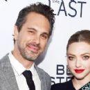 Amanda Seyfried Takes Adorable Selfie on Date Night With Husband Thomas Sadoski