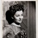 Gail Russell - 454 x 550