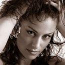 Anna Kovalchuk - 365 x 527