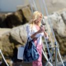 Victoria Silvstedt at Hotel du Cap in Antibes - 454 x 655