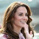 Catherine, Duchess of Cambridge and Prince William Duke of Cambridge visit the London Eye - 419 x 600