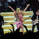 Katy Perry – Performs a special show for Citibank Cardholders in LA - 454 x 289