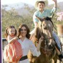 Nora Salinas, Jose Miguel and Scarlet - Tvnotas magazin Pictorial May 2013 - 324 x 598