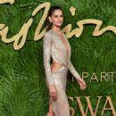 Izabel Goulart–2017 Fashion Awards in London - 454 x 680
