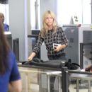 Heidi Klum Lax Airport In Los Angeles