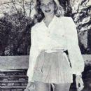 Lauren Bacall - 454 x 879