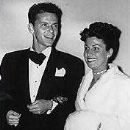 Frank Sinatra and Nancy Barbato - 177 x 225