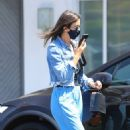Jessica Alba – In denim jacket out in Los Angeles - 454 x 513