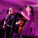 Led Zeppelin superstar Robert Plant makes surprise appearance at Deborah Bonham's Hereford gig - 454 x 302