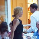 Gillian Anderson and Peter Morgan at a romantic dinner in Portofino - 454 x 684