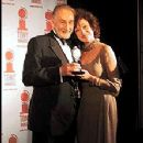 Dixie Presenting A Tony Award To Roy Dotrice 2000 - 222 x 300