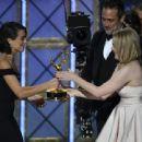 Elisabeth Moss : 69th Annual Primetime Emmy Awards - 454 x 339
