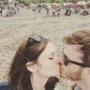 Sophie Ellis-Bextor and Richard Jones - 454 x 454