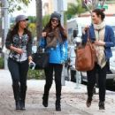 Selena Gomez with girlfriends in Beverly Hills, Ca January 24th,2013 - 454 x 341