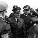 Adolf Hitler - 454 x 340