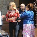 Jason Statham- May 29, 2016-Grab Lunch in Malibu - 409 x 600