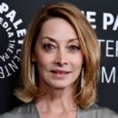 Sharon Lawrence – Paley Women in TV Gala in Los Angeles - 454 x 632