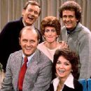 Peter Bonerz and rest of the cast of The Bob Newhart Show
