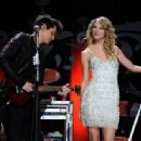 Taylor Swift and John Mayer - 454 x 316