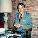 Kirk Alyn - 454 x 367