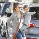 Jessica Alba Taking Daughter Honor to School