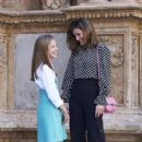 King Felipe VI of Spain, Queen Letizia of Spain attended Easter Mass in Palma  (April 1, 2018) - 399 x 600
