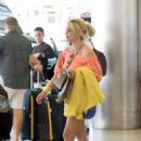 Britney Spears – Arrives in Miami