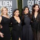 Salma Hayek – 2018 Golden Globe Awards in Beverly Hills - 454 x 303
