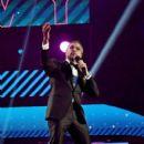 Jaime Camil – 2017 Latin Grammy Awards in Las Vegas- Show - 400 x 600