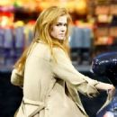 Isla Fisher at a Gas Station in Los Angeles 03/07/2019