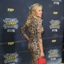 Jessica Collins – 'It's Always Sunny In Philadelphia' Premiere in Hollywood - 454 x 699