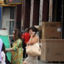 Lindsay Price Shopping In Soho, 2008-08-16